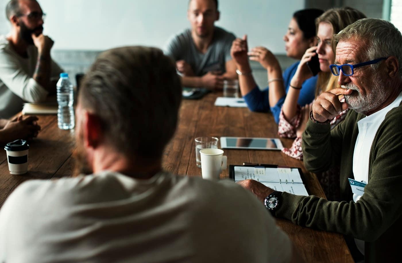 Reunión de trabajadores Protección datos para sindicatos