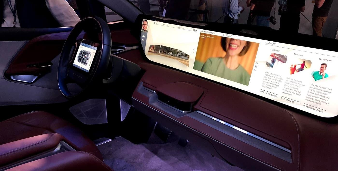 Ejemplo pantalla coche coches conectados