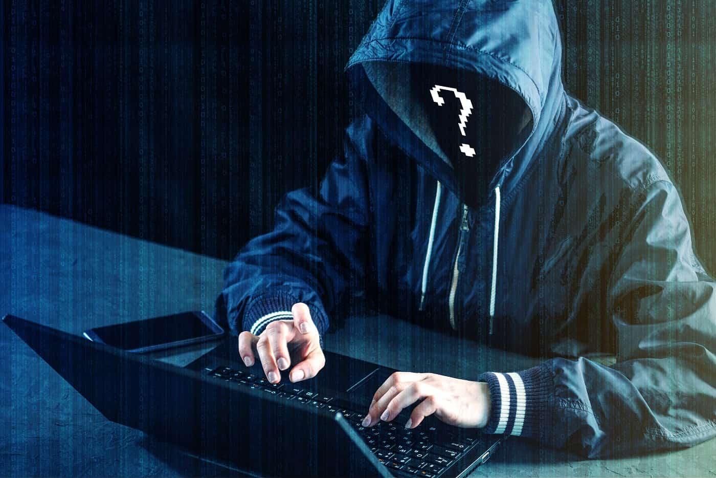 Concepto identidad hackers famosos