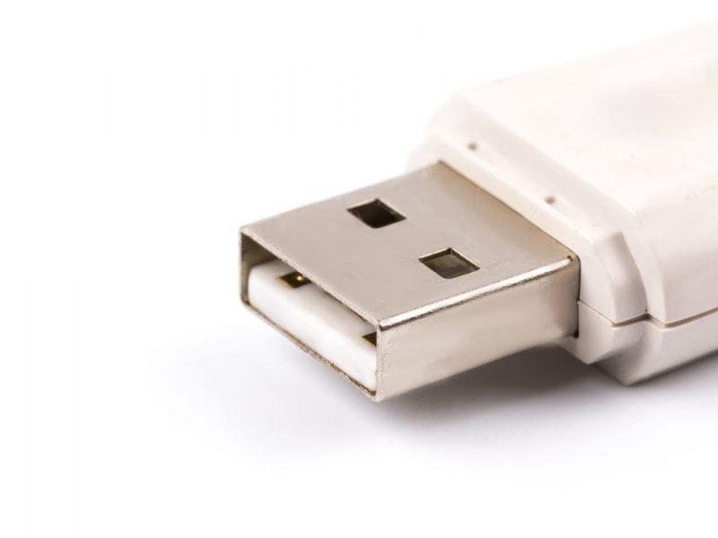 Portada recuperar archivos pendrive borrados