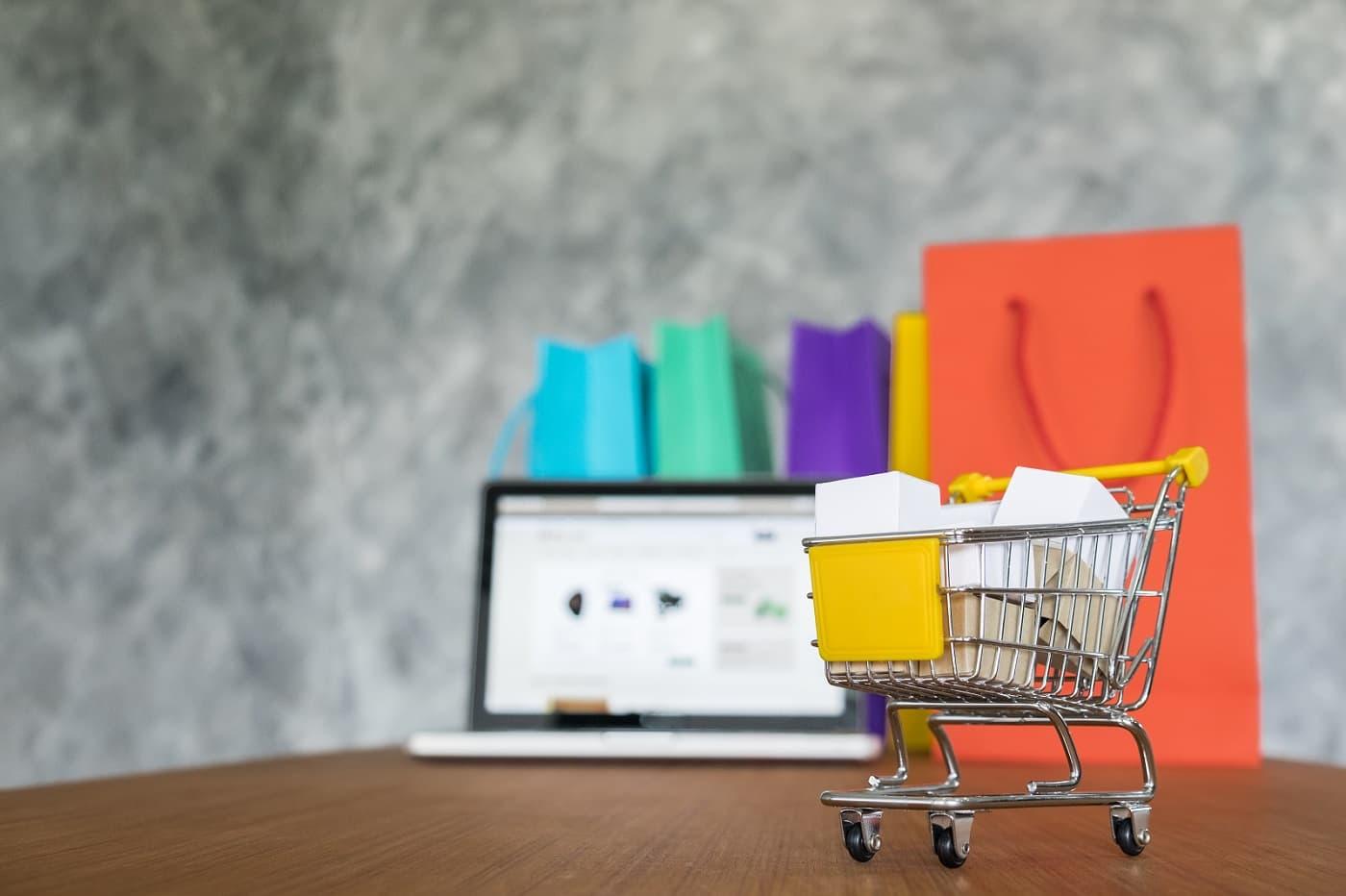 Imagen conceptual de comprar a través de wallapop o vinted