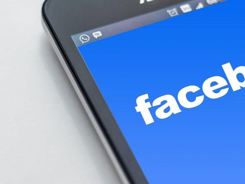 cambiar la contrasena de Facebook